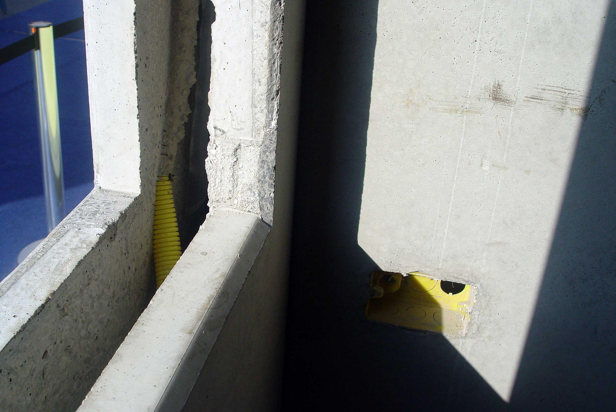 #283A66  aberturas para portas janelas e sistemas elétricos e hidráulicos 470 Janelas Duplas Isolamento