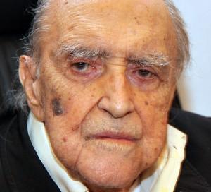 Oscar Niemeyer: 500 obras espalhadas pelo mundo, em 104 anos de vida.