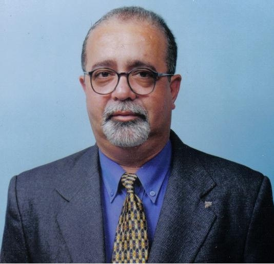 Luiz Freitas: preço ainda determina venda no setor de material de construção.