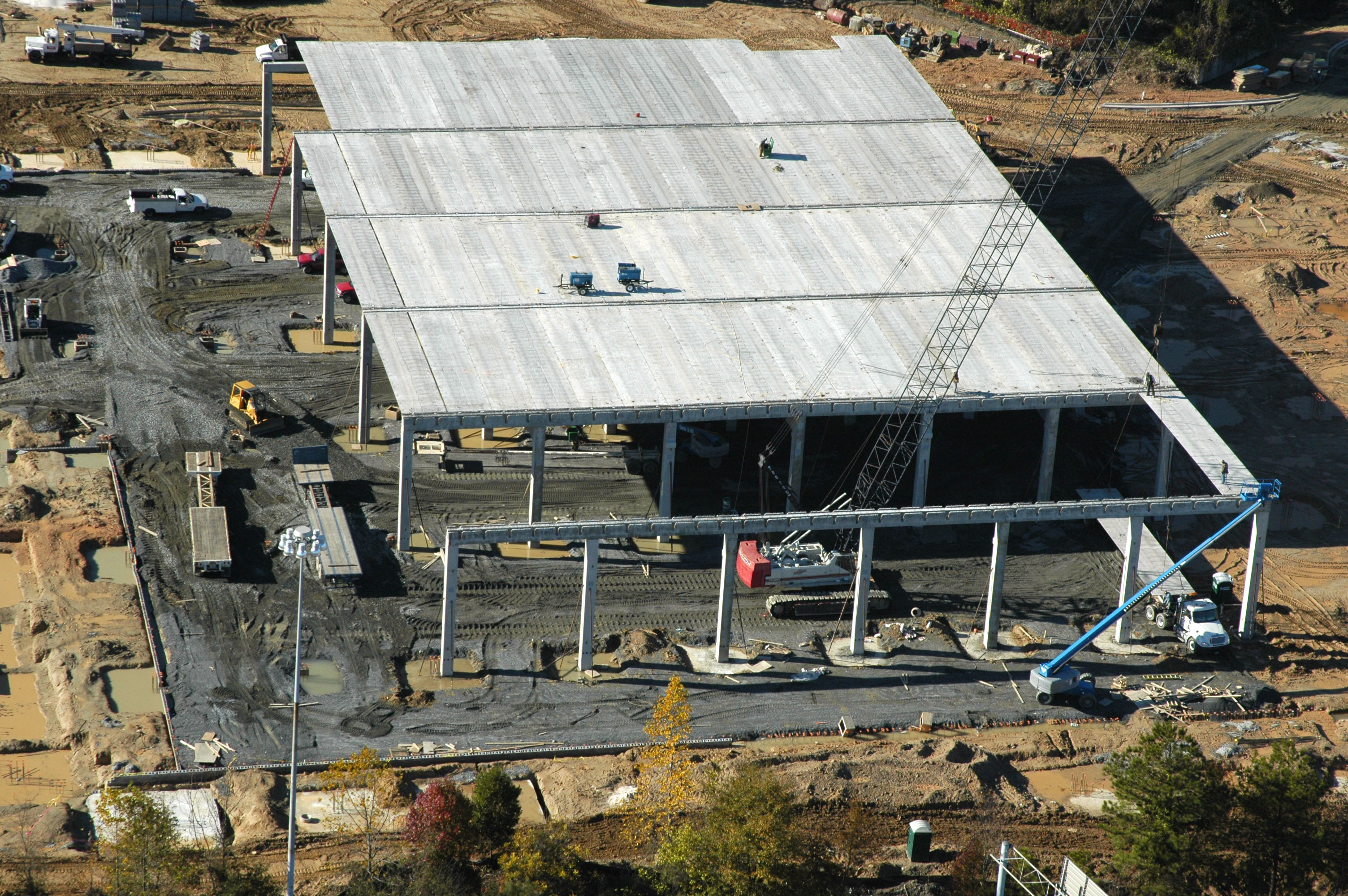 Construções industriais: fábricas de alimento devem concluir 105 plantas até 2015.