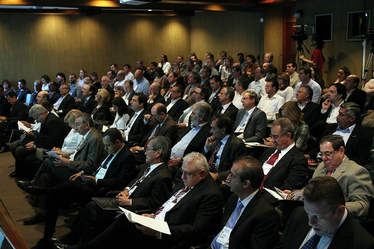 Encontro no SindusCon-SP reuniu os principais players da construção civil nacional.