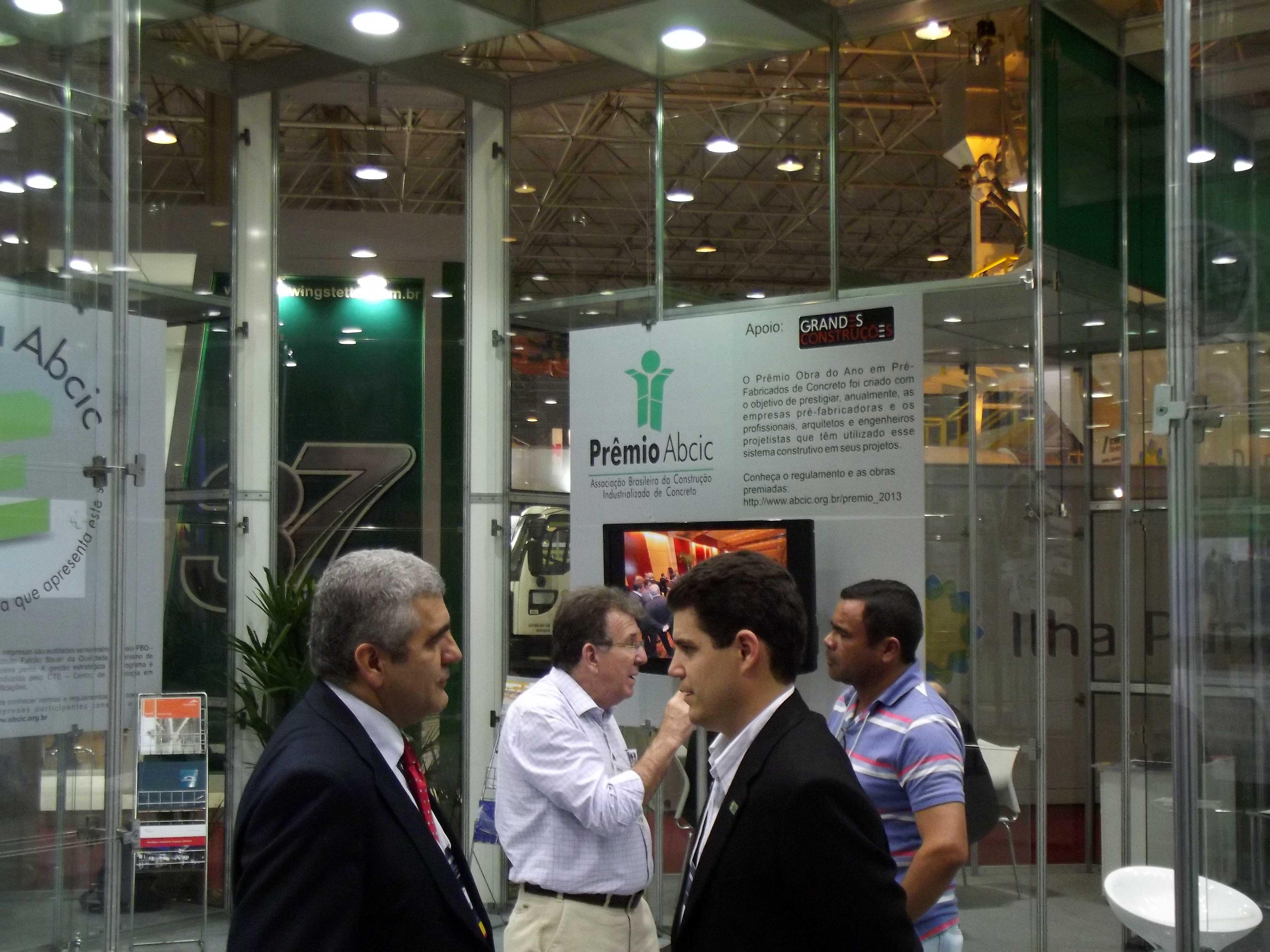 Salão da ABCIC: espaço aproximou fabricantes de clientes, dentro da Construction Expo.