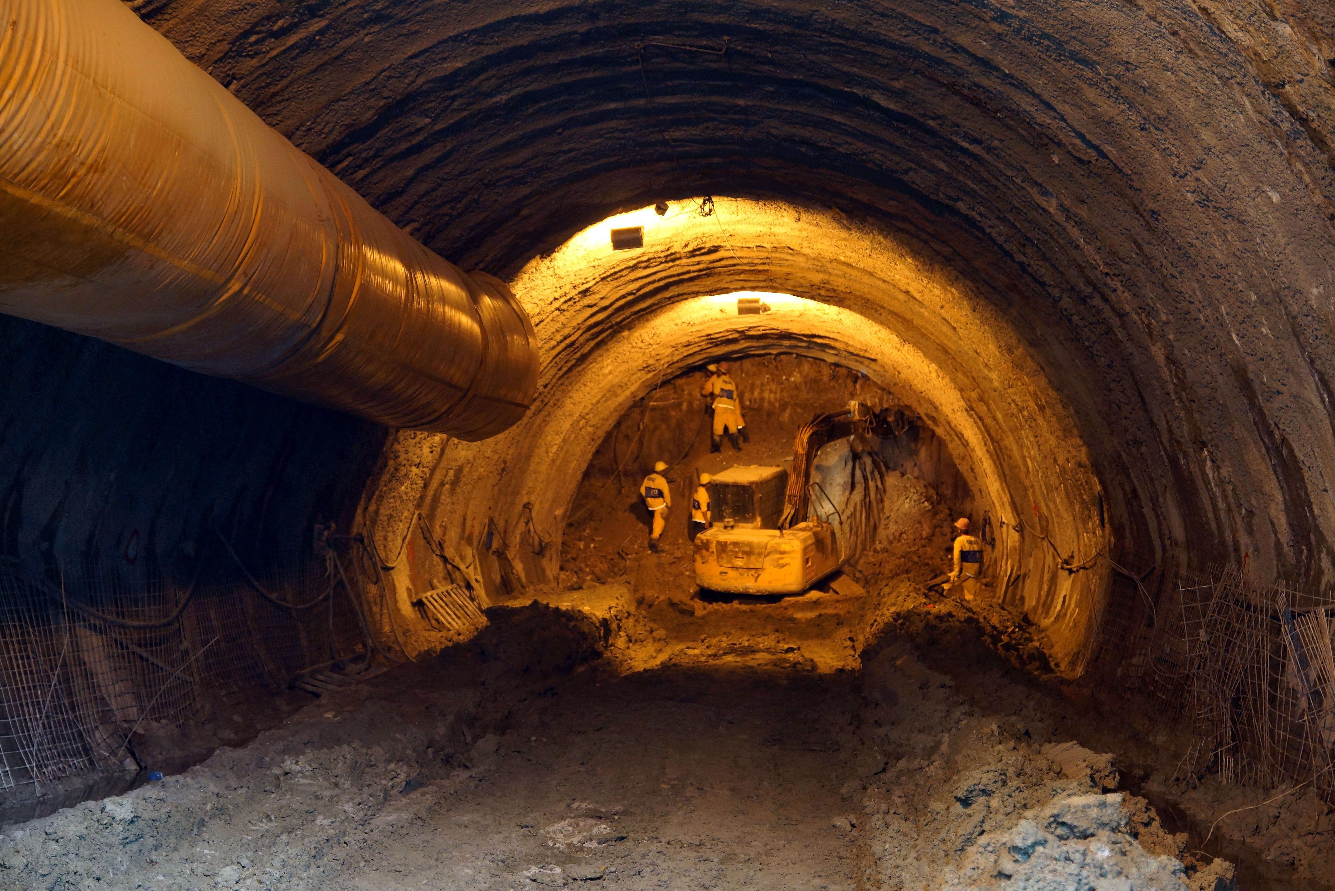 Alongamento do rio Joana até a Baía de Guanabara: obra subterrânea está com as escavações adiantadas.