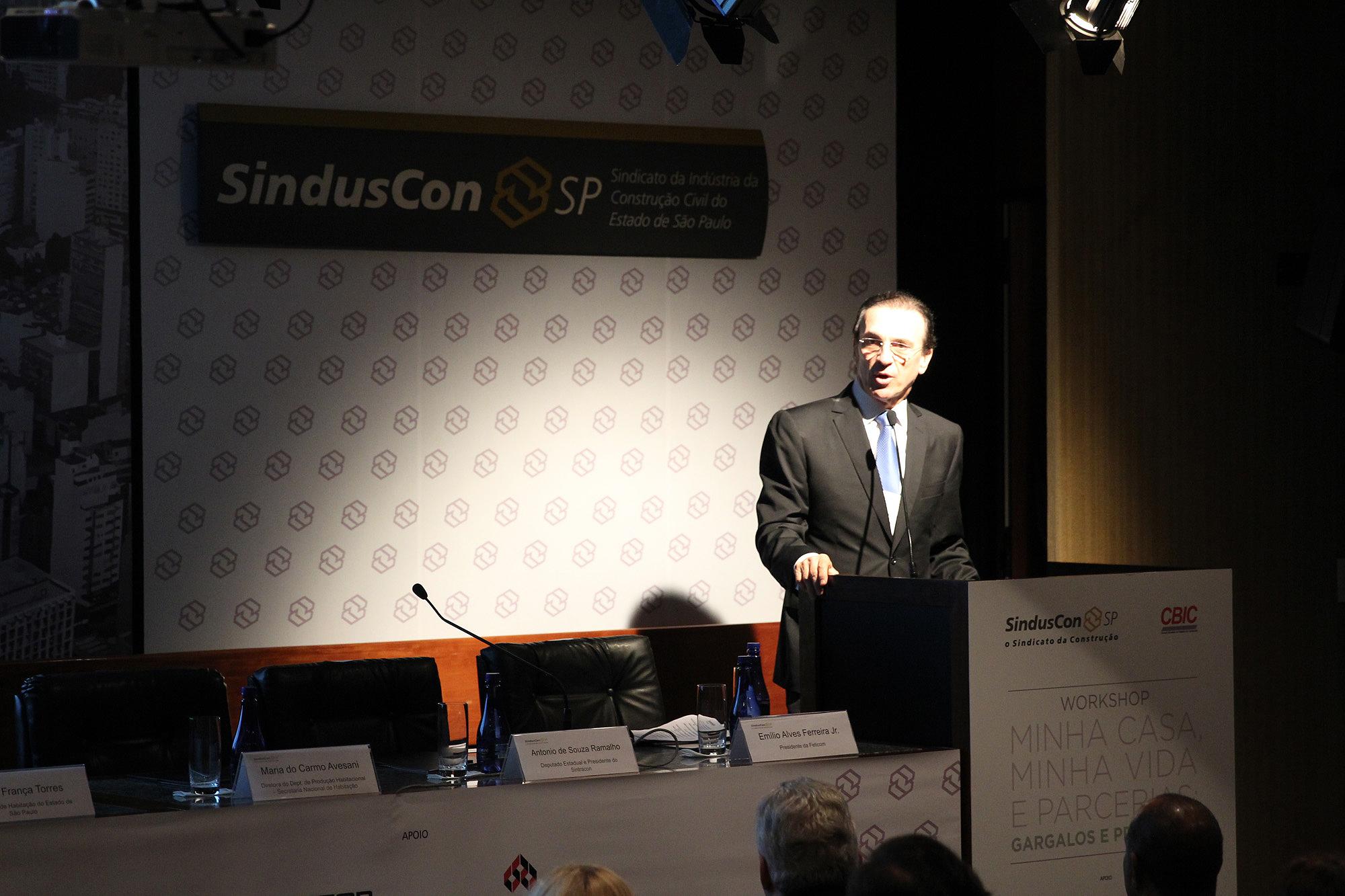 João Cláudio Robusti, vice-presidente de Habitação Popular do SindusCon-SP: há um amplo leque de problemas para atacar.