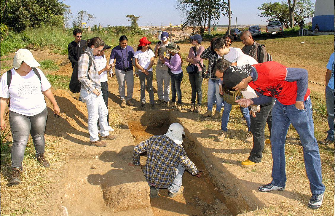 Sítio arqueológico na área da hidrelétrica Santo Antônio, em Rondônia: descobertas indígenas seculares.