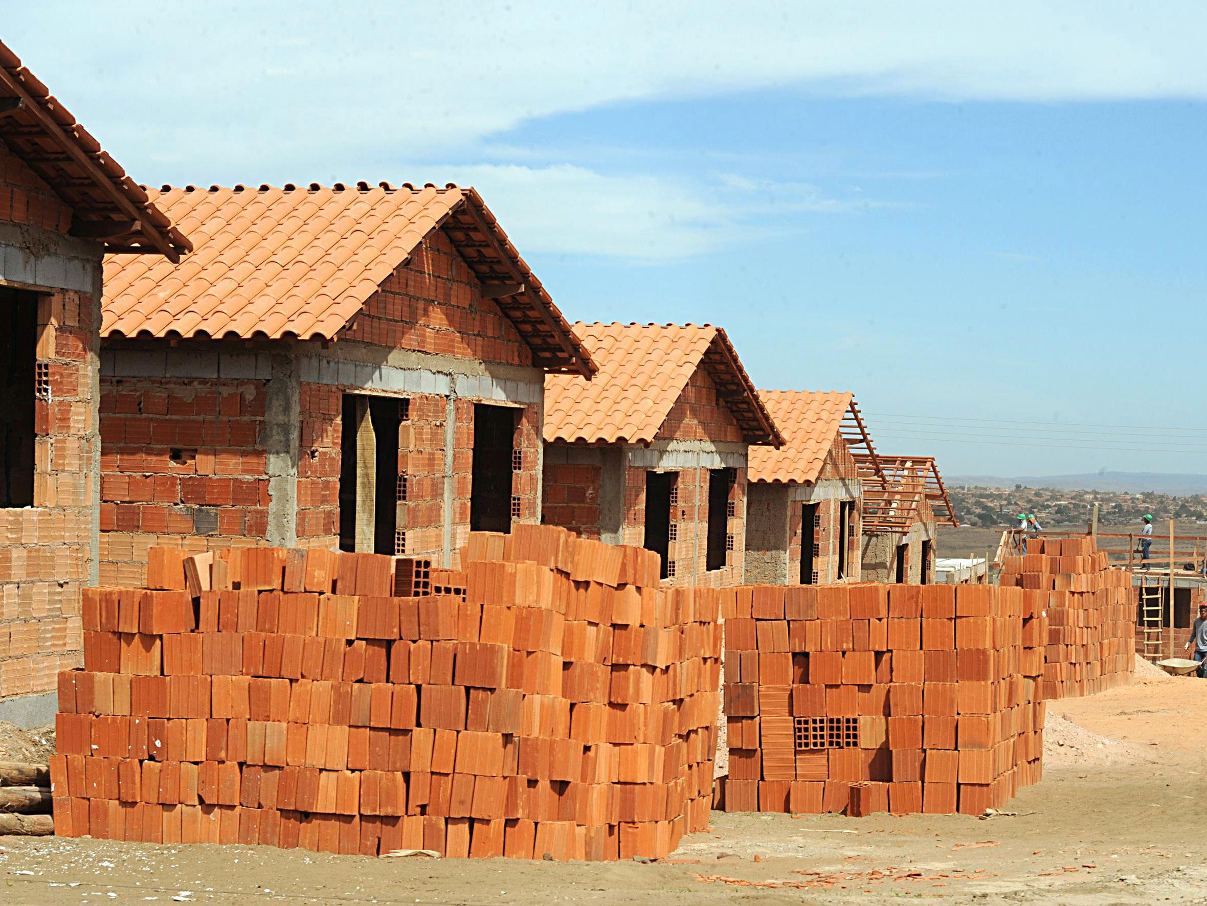 Casas do Minha Casa, Minha Vida: até o governo admite que produção e qualidade precisam ser melhorados.