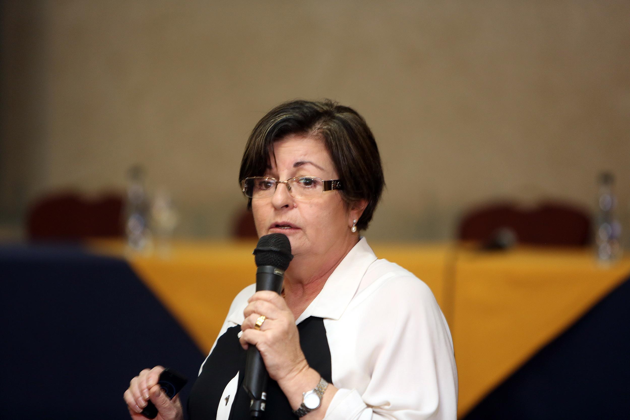 Elisa Maria de Assis, da Unopar: mitos sobre EAD nas ciências exatas têm sido derrubados