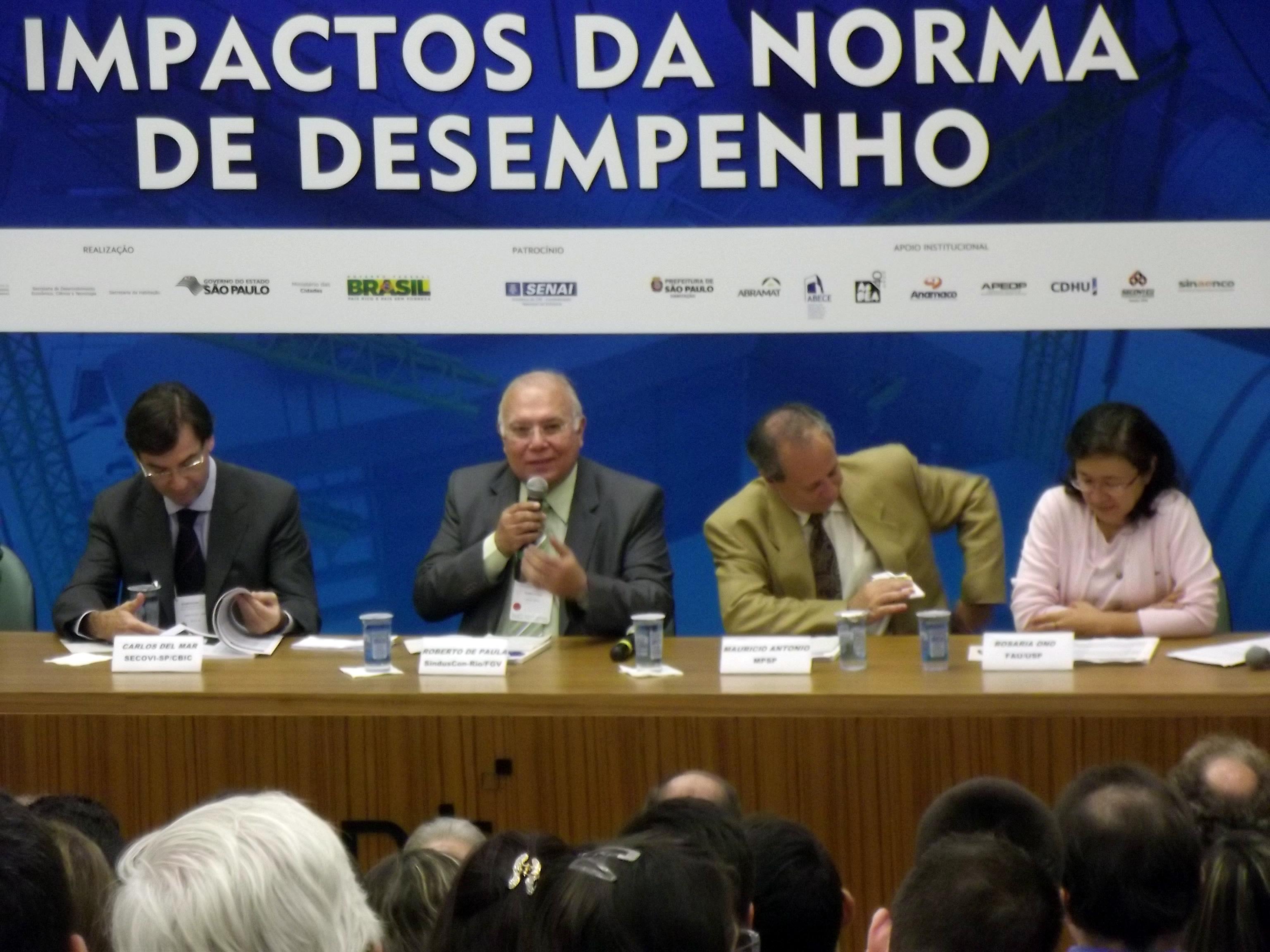 Roberto-Lira-de-Paula