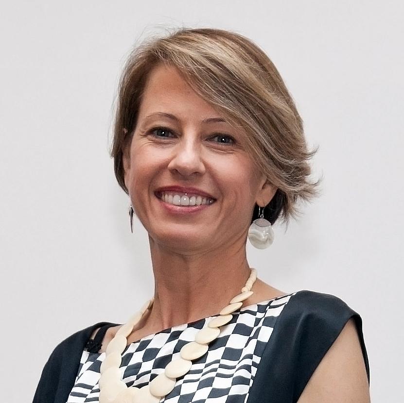 Maria Salette de Carvalho Weber: alguns setores da cadeia produtiva da construção civil evoluíram mais do que outros