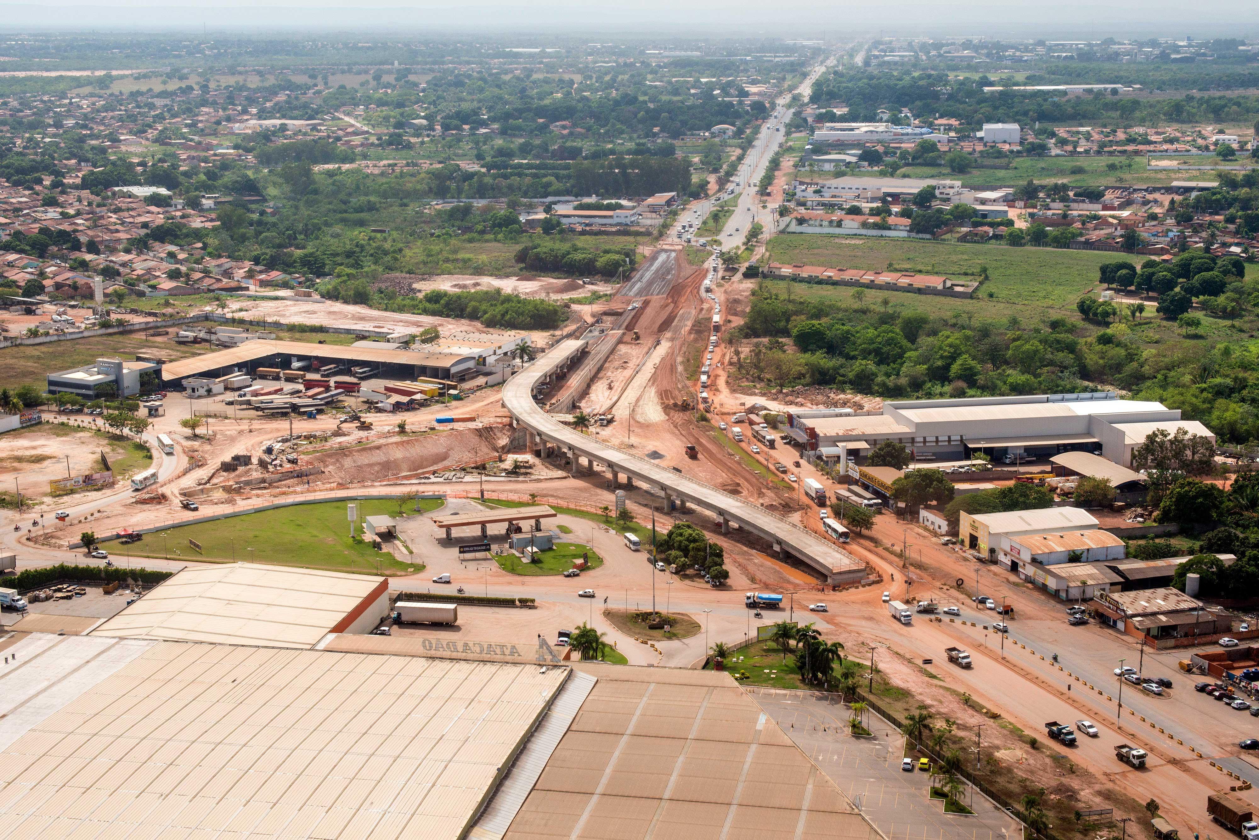 Corredor de BRT em Cuiabá: uma das várias obras que só deve ser inaugurada depois do mundial