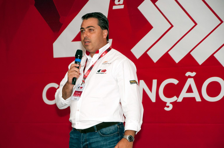 Sanito de Andrade Cruz Júnior, da Link Monitoramento: rastreador conta até os giros dados pelo balão da betoneira