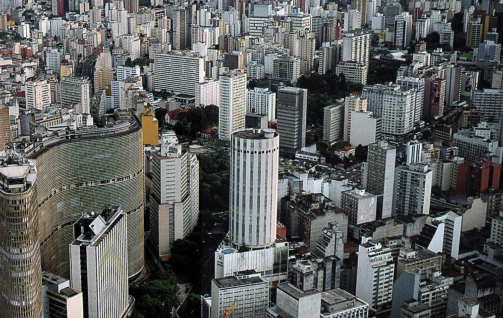 Cidade de São Paulo: plano diretor radicaliza contra prédios altos em áreas já saturadas