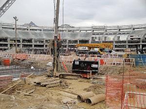 Estaca raiz: usada em obras de infraestrutura e na recuperação de estádios, como Maracanã e Mineirão