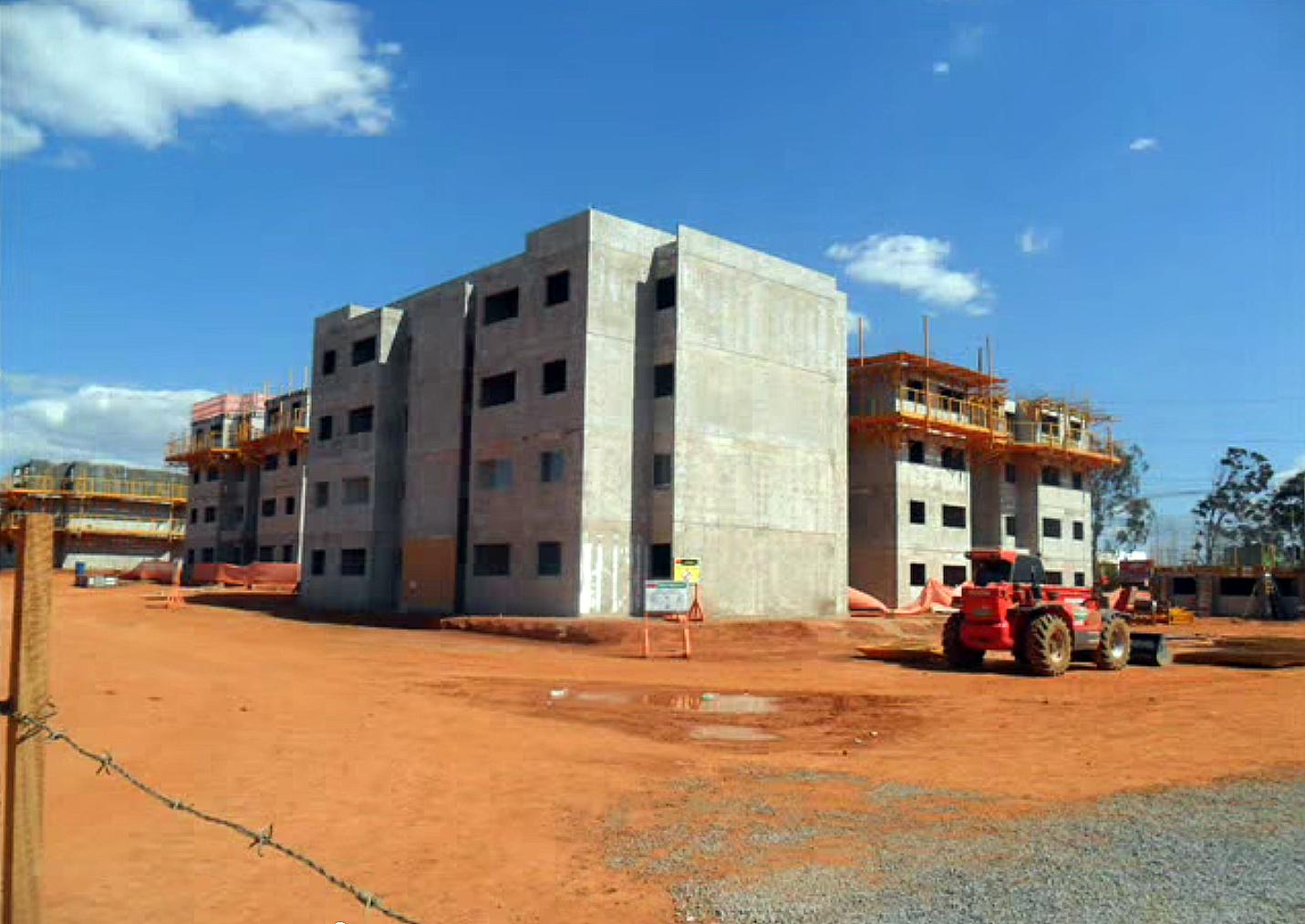 Condomínio Parque do Riacho, no DF: 5.904 unidades erguidas com paredes de concreto, no prazo de 24 meses