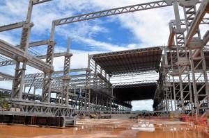 Estaleiro em Maragogipe, no litoral da Bahia: 11 mil m³ de concreto em peças moldadas a 110 quilômetros de distância
