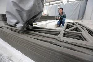 Impresso utiliza concreto com agregados recicláveis para montar os módulos da casa