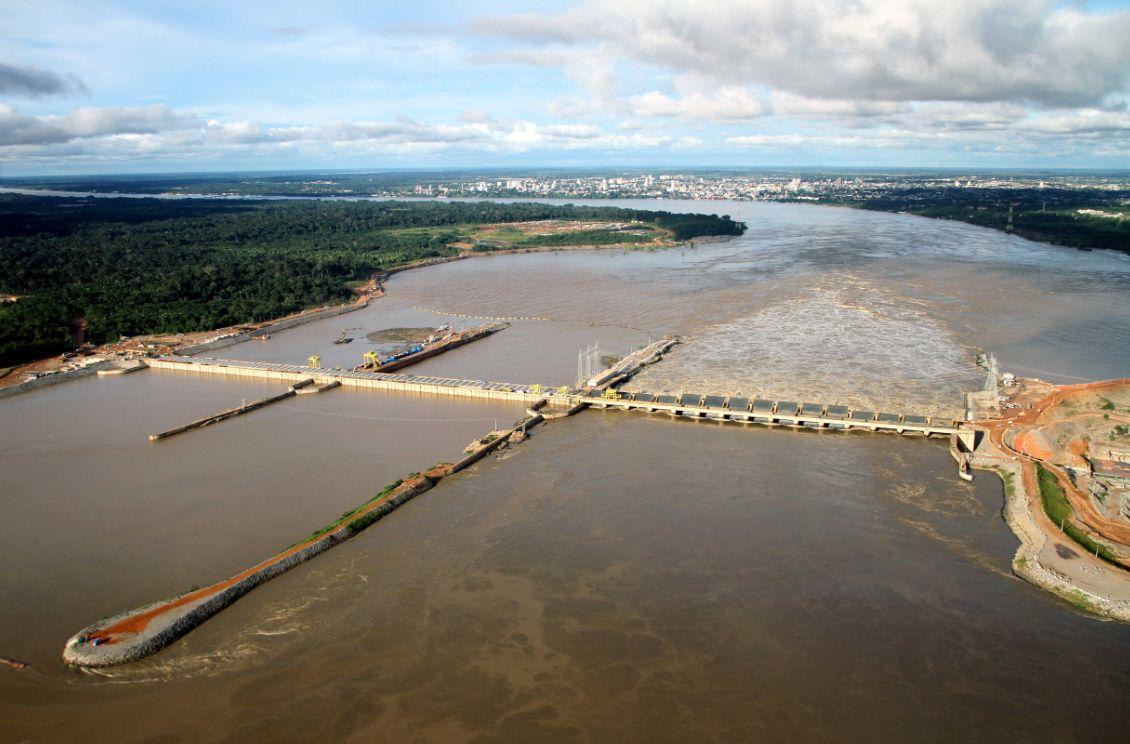 Usina Santo Antônio, no rio Madeira: 95% das obras civis estão prontas e 31, das 44 turbinas, já operam