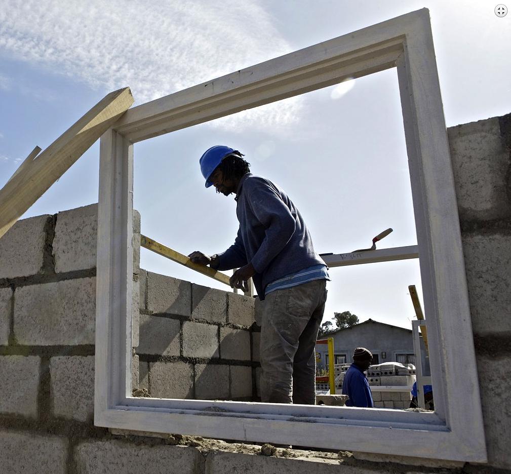 Para mais de 70% dos fabricantes de blocos e pavers de concreto, setor crescerá ou repetirá 2014