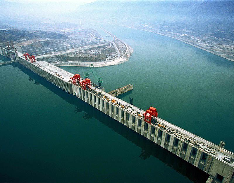 Resultado de imagem para barragem 3 gargantas na china