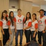 Professores Aguinaldo Lenine Alves e Antonio Aparecido Zanfolim, coordenadores da pesquisa, junto com alunas que participaram do projeto
