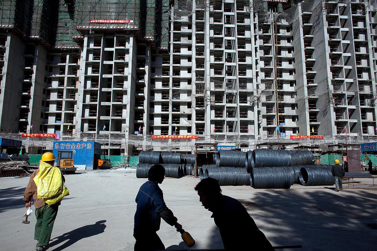 Prédios erguidos em tempo recorde tornam-se comuns na China, graças aos investimentos em pesquisa