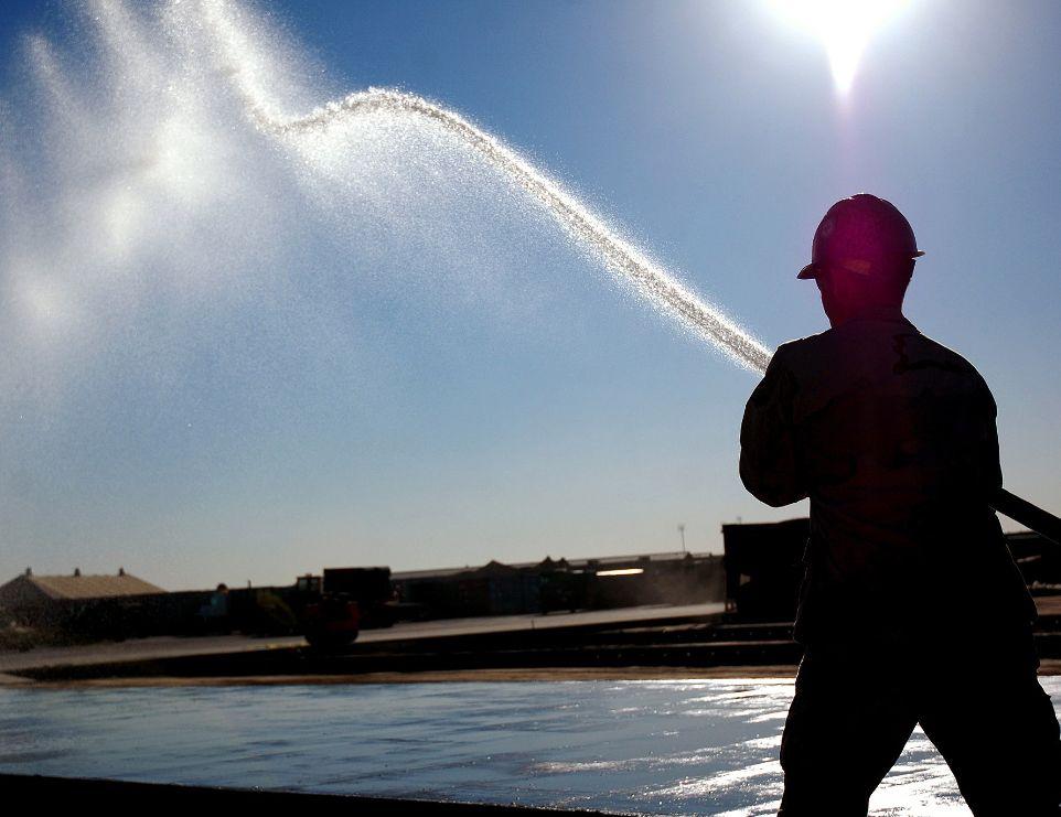 Agentes de cura podem economizar 2 mil litros de água para cada 100 m² de área concretada