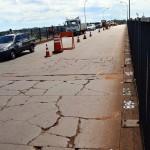 O pavimento antigo da Ponta da Amizade apresentava várias rachaduras e foi totalmente retirado