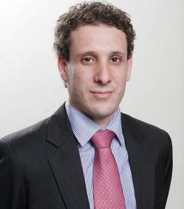 Samy Dana: recomendação é esperar que os preços dos imóveis encolham.