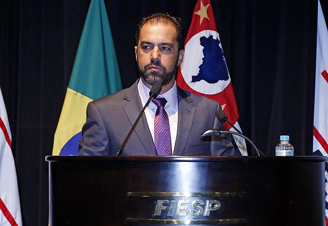 Carlos Eduardo Auricchio, diretor do Deconcic: caminhos para que a cadeia da construção civil tenha crescimento sustentável até 2022