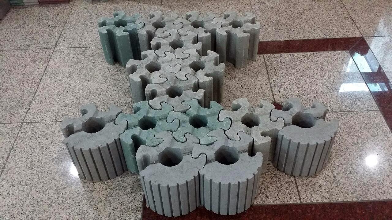 Estruturas não precisam de argamassa nem de base de concreto para a consolidação no terreno