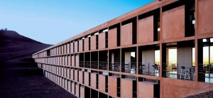Hotel ESO, no Chile: cor de cobre, minério que tem grandes reservas no Chile