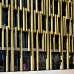 Nova sede da Aliança Francesa, na Colômbia: concreto colorido realça as formas do edifício