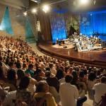 Teatro coberto tem 1.375 m² de área construída e pode receber até 1.100 pessoas