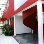 Casa Bettega, de 1952, em Curitiba: curvas e pilares esbeltos eram a marca registrada do arquiteto