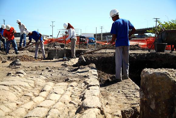 Descoberta de vestígios de civilizações antigas na área do metrô do Rio: obras viram o centro das atenções da paleontologia