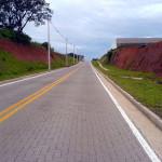 Rua com pavimento intertravado: opção para estradas vicinais e urbanismo de áreas vulneráveis a enchentes