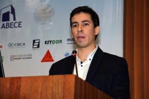 Gustavo Pérez: norma técnica brasileira ajudará a desmistificar o uso de compósitos de fibra de carbono em reparos de estruturas de concreto armado