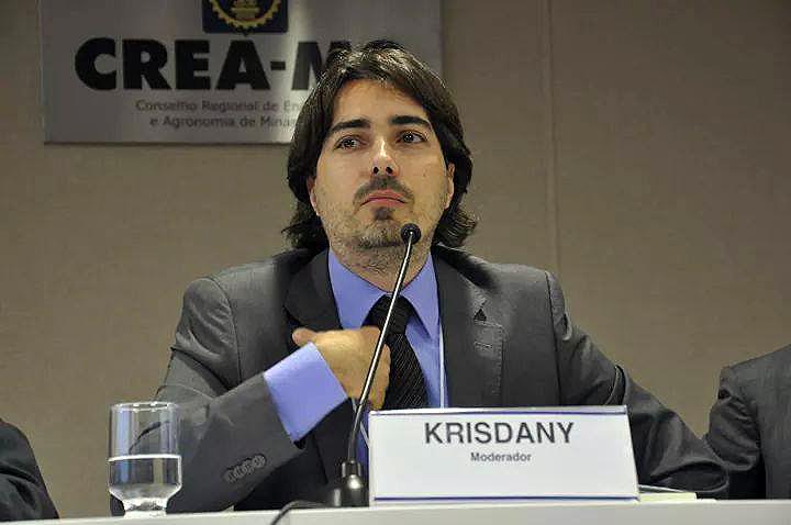 Krisdany Vinícius Cavalcante, coordenador da revisão da norma: ABNT NBR 10152 ajuda a Norma de Desempenho