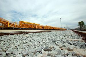 Trem-concreteira é equipamento fundamental para a Crossrail avançar no percurso subterrâneo de 21 quilômetros