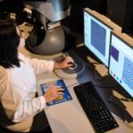 Microscópio eletrônico do centro de pesquisa do Coppe/UFRJ permite aumentar o tamanho de partículas 800 mil vezes
