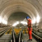 Com a concretagem 100% concluída e os trilhos 94% instalados, começam os testes com os trens