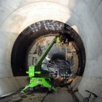 Após vencer última barreira de rocha, túnel entra na fase final da execução