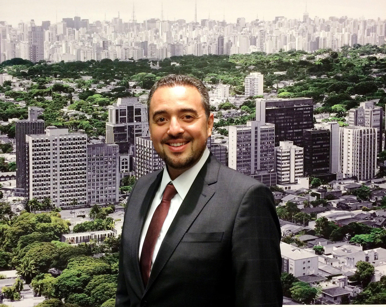 Elton Oliveira: bons negócios podem ser fechados lá fora a US$ 60 mil
