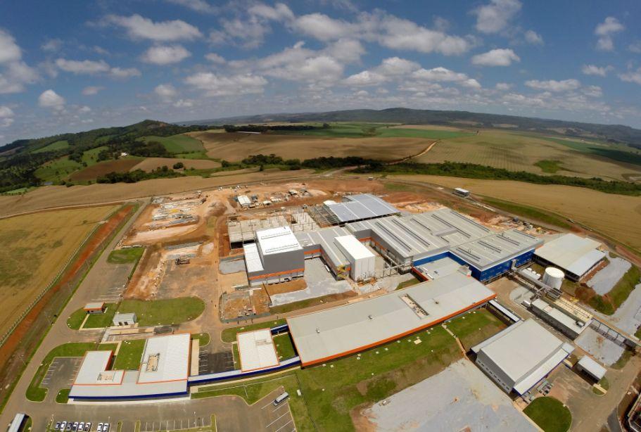 Frigorífico na região de Castro, no Paraná: obra exige concretos especiais e gera demanda para a construção industrializada