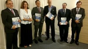 Lançamento do manual, em Brasília, contou com importantes dirigentes do setor da construção civil
