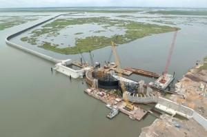 """""""Muralha"""" cobre uma extensão de 550 quilômetros lineares e envolve New Orleans"""