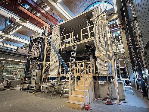 Teste na Universidade Tecnológica de Delft, na Holanda, busca materiais mais leves, porém resistentes, duráveis e com desempenho termoacústico