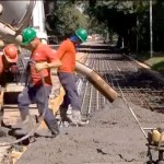 Pista-teste da USP: trecho de 200 metros recebeu concreto de 26 caminhões-betoneira