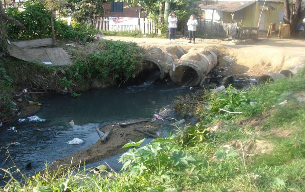 Vila Athenis, Porto Alegre-RS: um caso de precariedade no saneamento básico do país