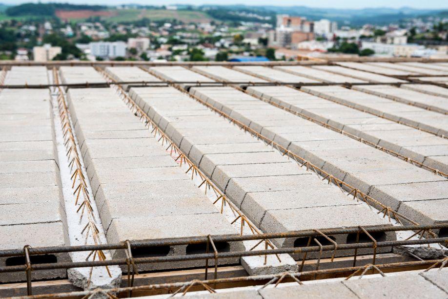 Lajes e vigotas precisam seguir conceitos mais rígidos de qualidade e segurança